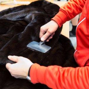 Как почистить шубу из меха норки в домашних условиях