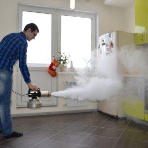 Как избавиться от запаха гари в квартире доступными средствами