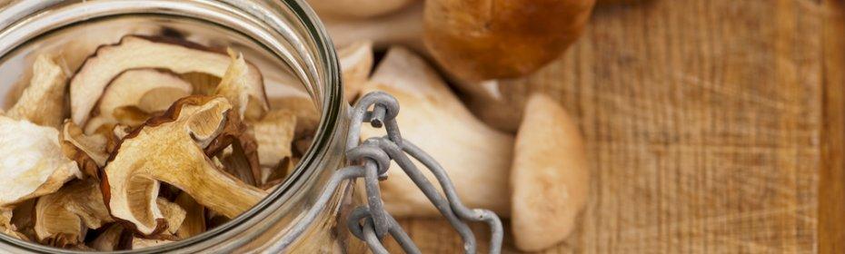 Как правильно хранить свежие, маринованные и сушеные грибы в домашних условиях